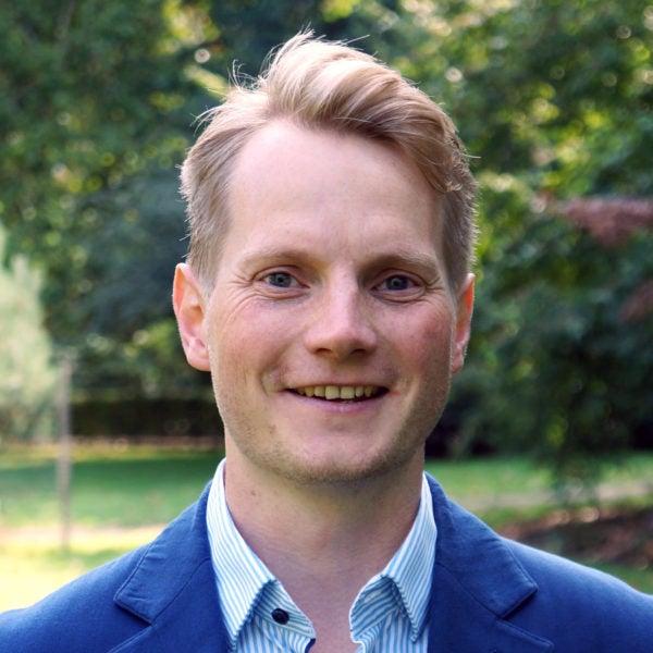 Dr. Lutz Sager