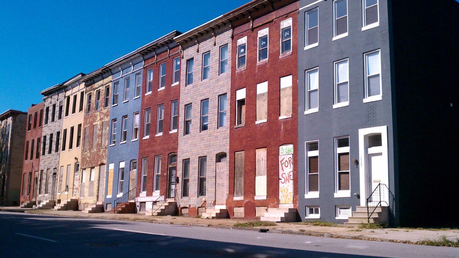 rundown row houses in DC